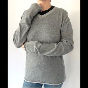 VINCE long sleeve V neck rolled hem cotton shirt L